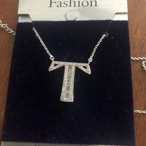 Jewelry - Initial pendant necklace T